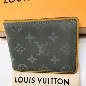 GENUINE LOUIS VUITTON Titanium Multiple Wallet